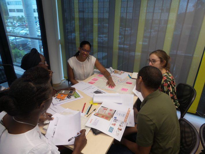 Atelier de co-construction du site internet Yana-J avec les acteurs de jeunesse de Guyane