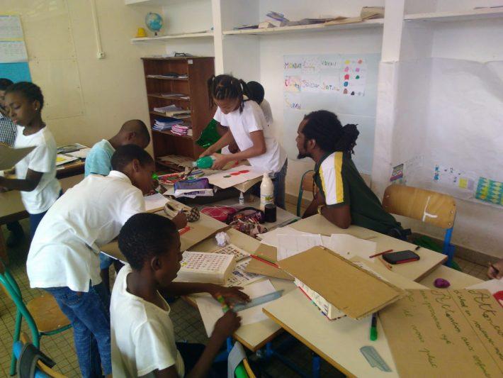 Atelier mené par Didier, MSMS du CRPV, dans un établissement scolaire de Cayenne